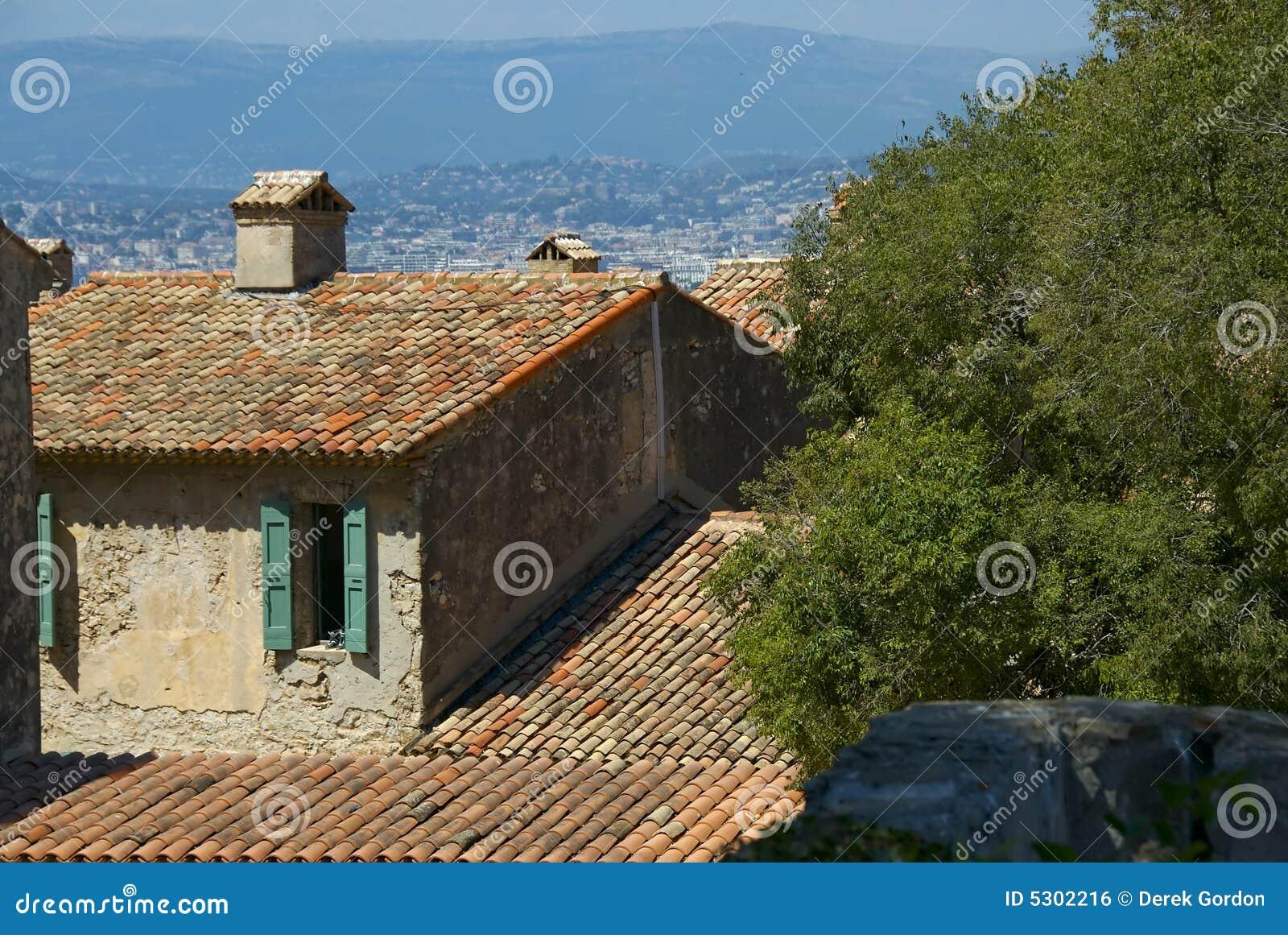 Download Villa mediterranea fotografia stock. Immagine di paesaggio - 5302216