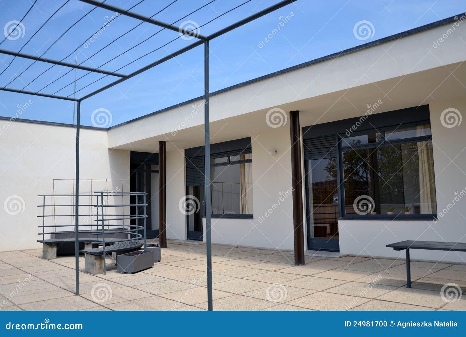 Villa tugendhat in brno ludwig mies van der rohe - Casa tugendhat mies van der rohe ...