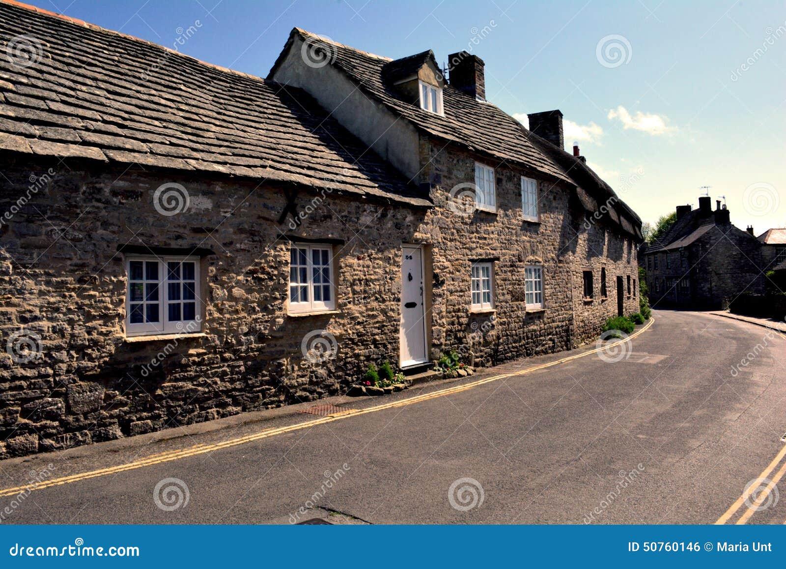 Village anglais typique de ch teau de corfe angleterre photo stock image - Objet typique anglais ...