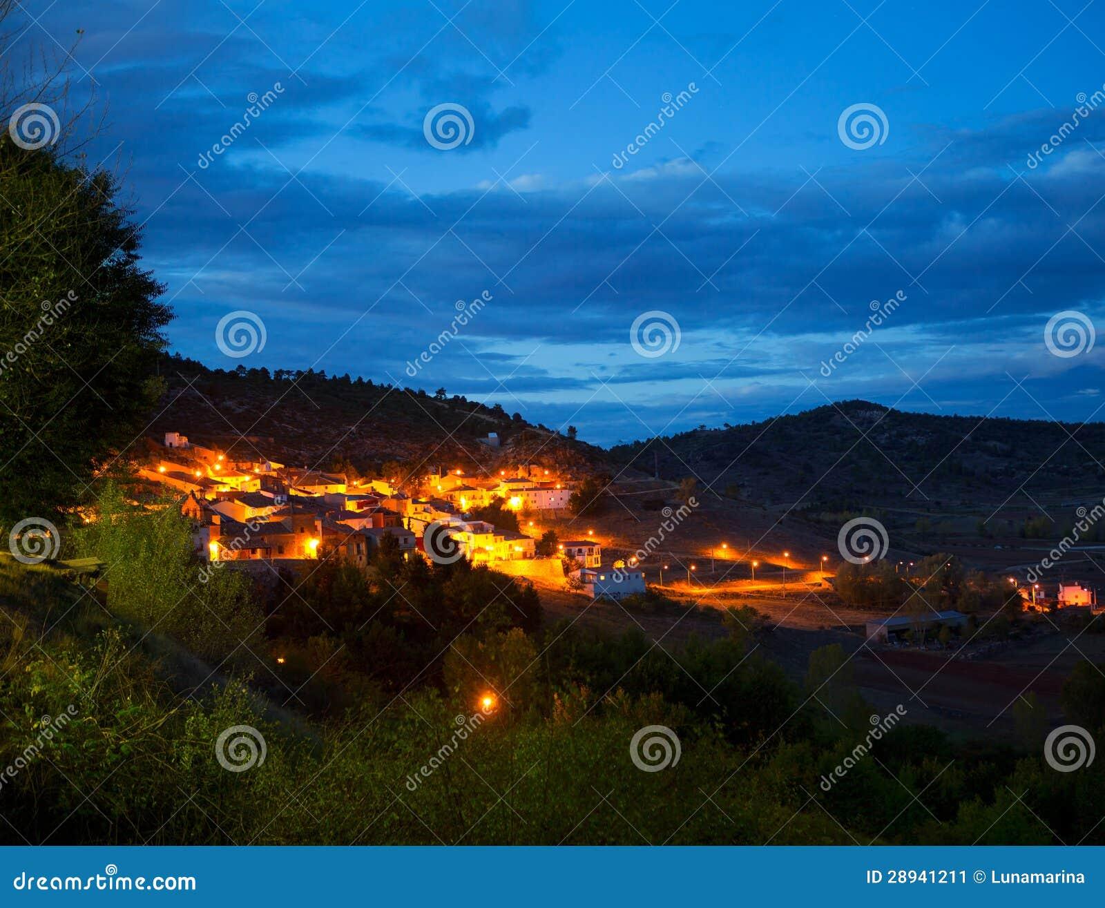Village de Cuenca San Martin de Boniches la nuit