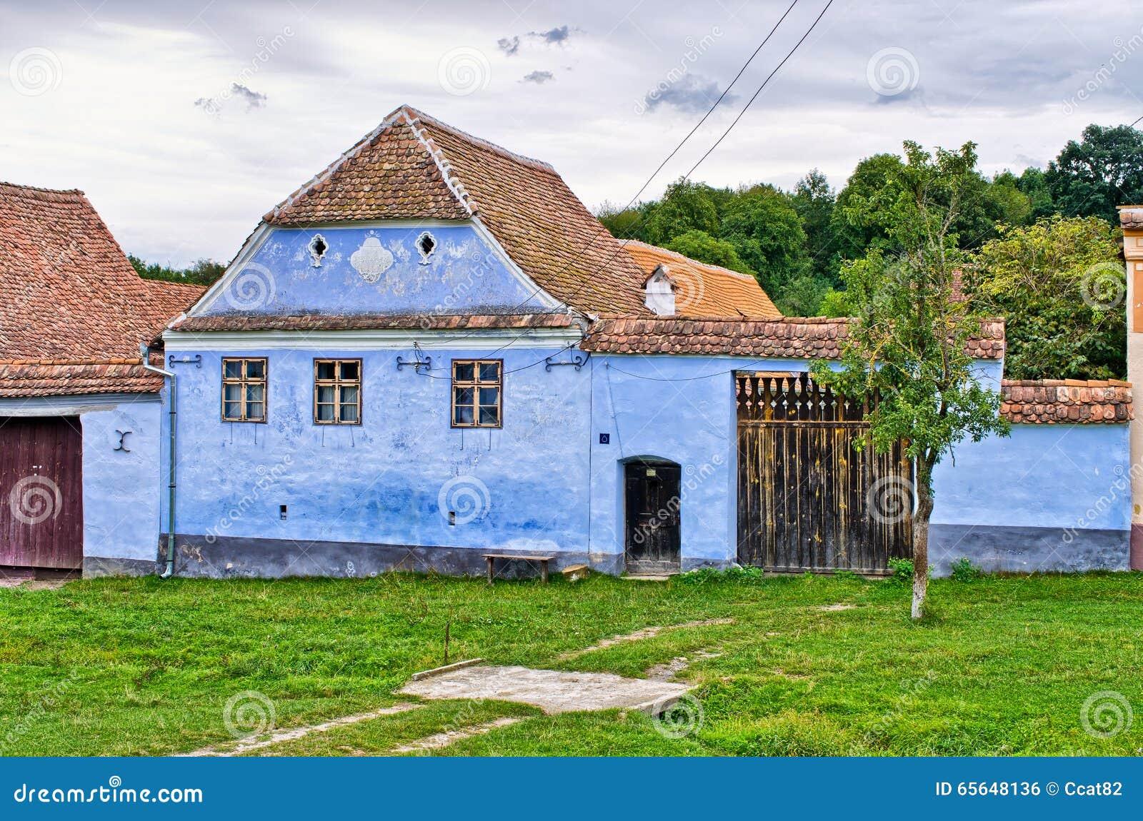 Village traditionnel en Roumanie