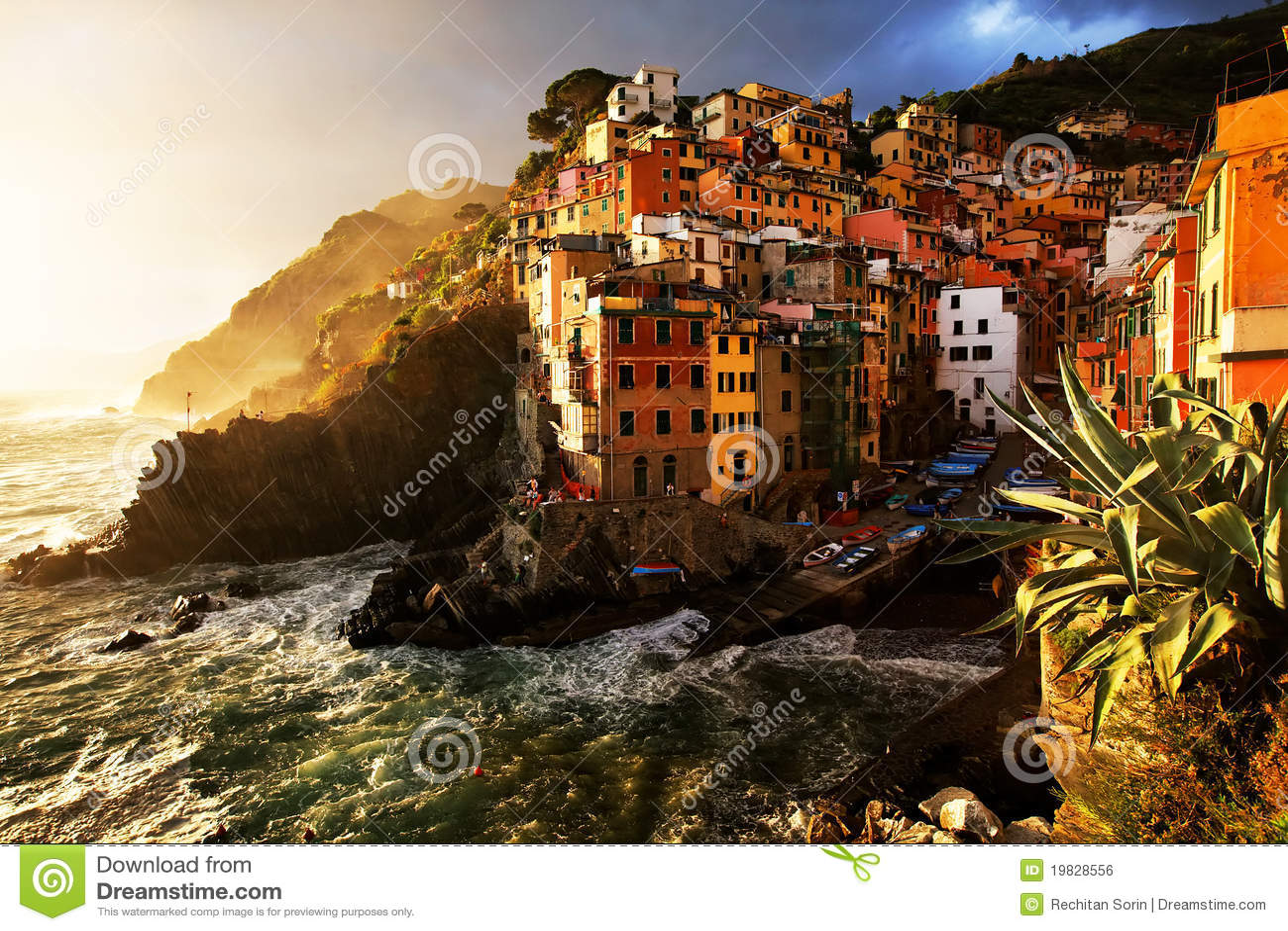 Villaggio di Riomaggiore, Cinque Terre, Italia