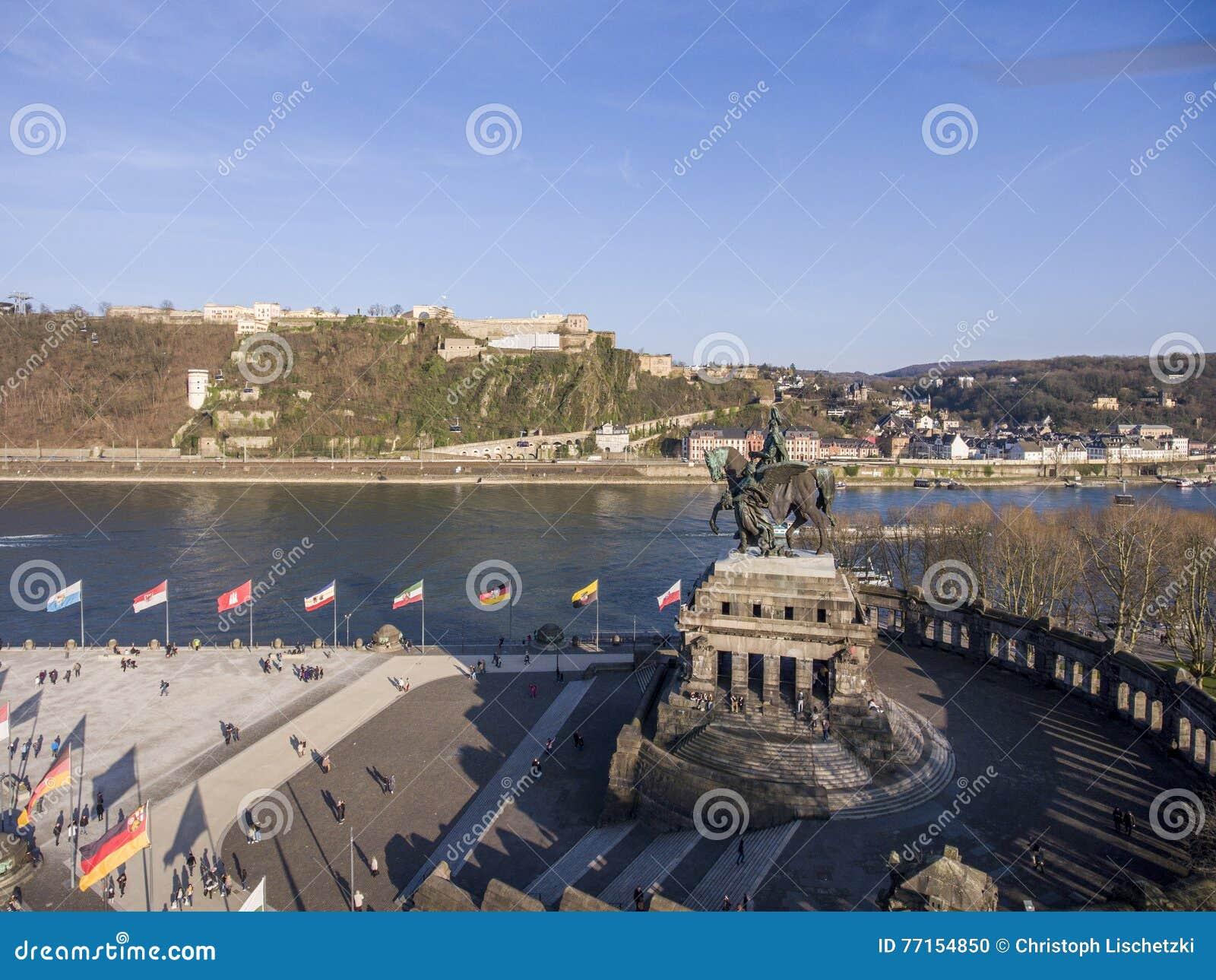 Ville Allemagne de Coblence avec le coin allemand historique 3