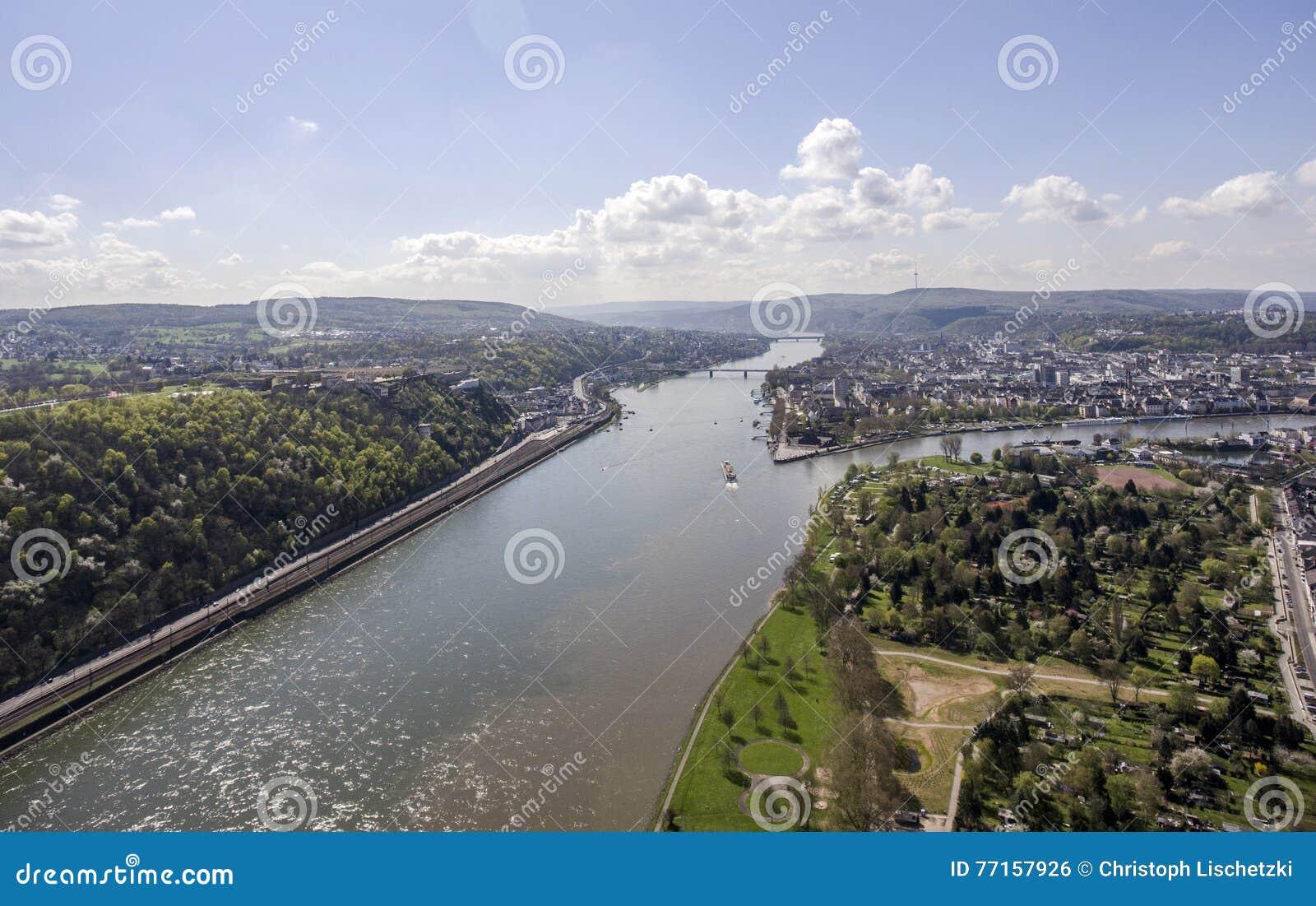 Ville Allemagne de Coblence avec le coin allemand historique 5