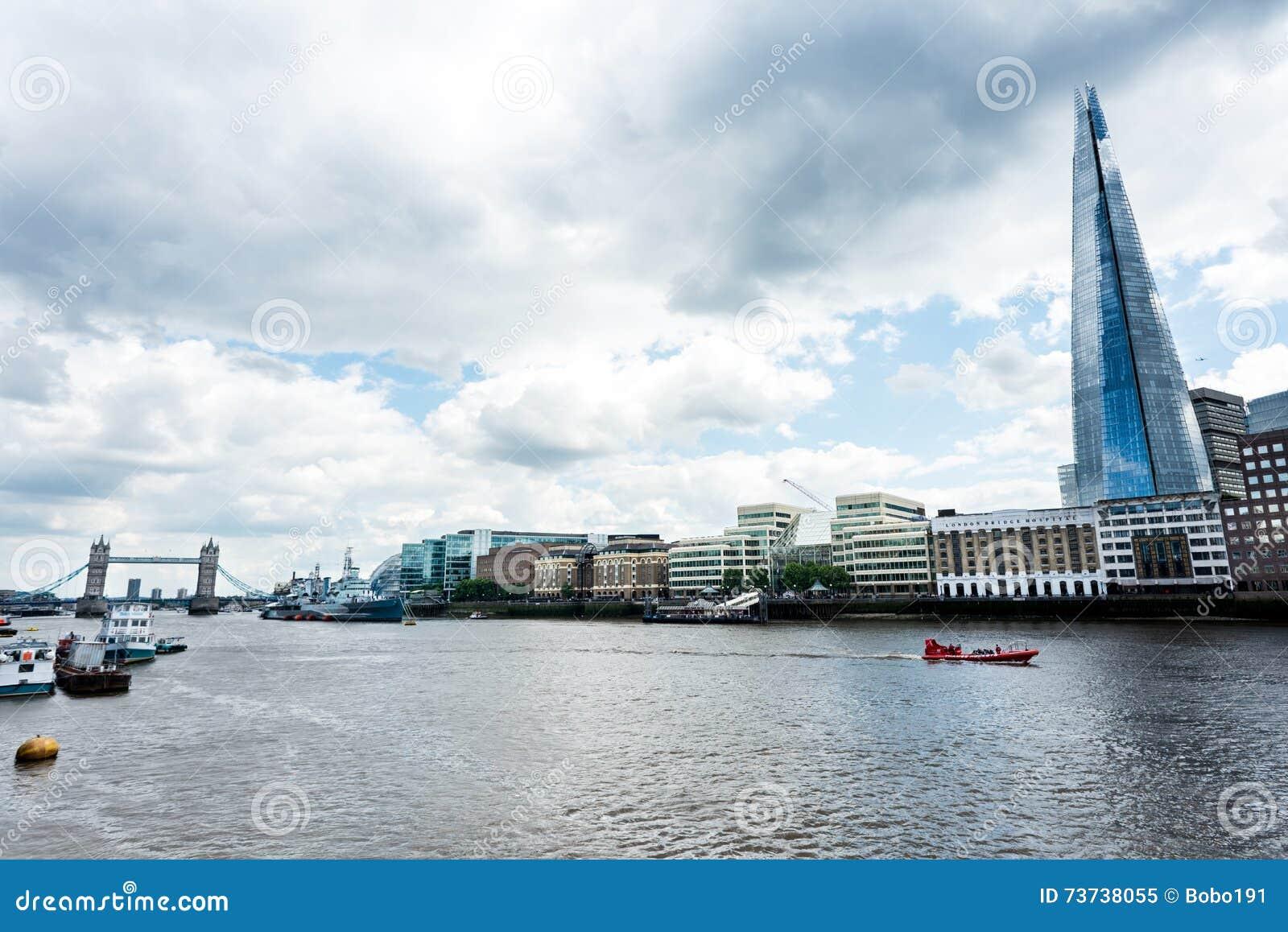 Ville de Londres avec la Tamise