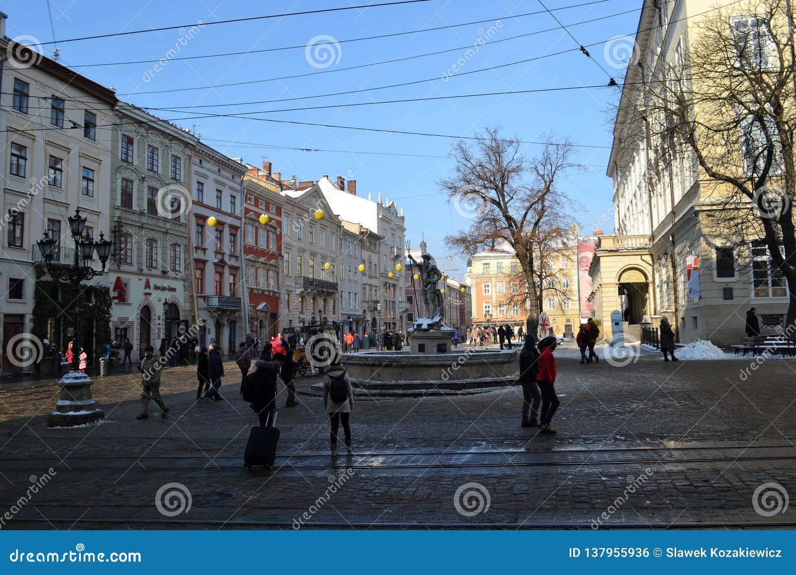 Ville de Lviv Ukraine de place du marché vieille