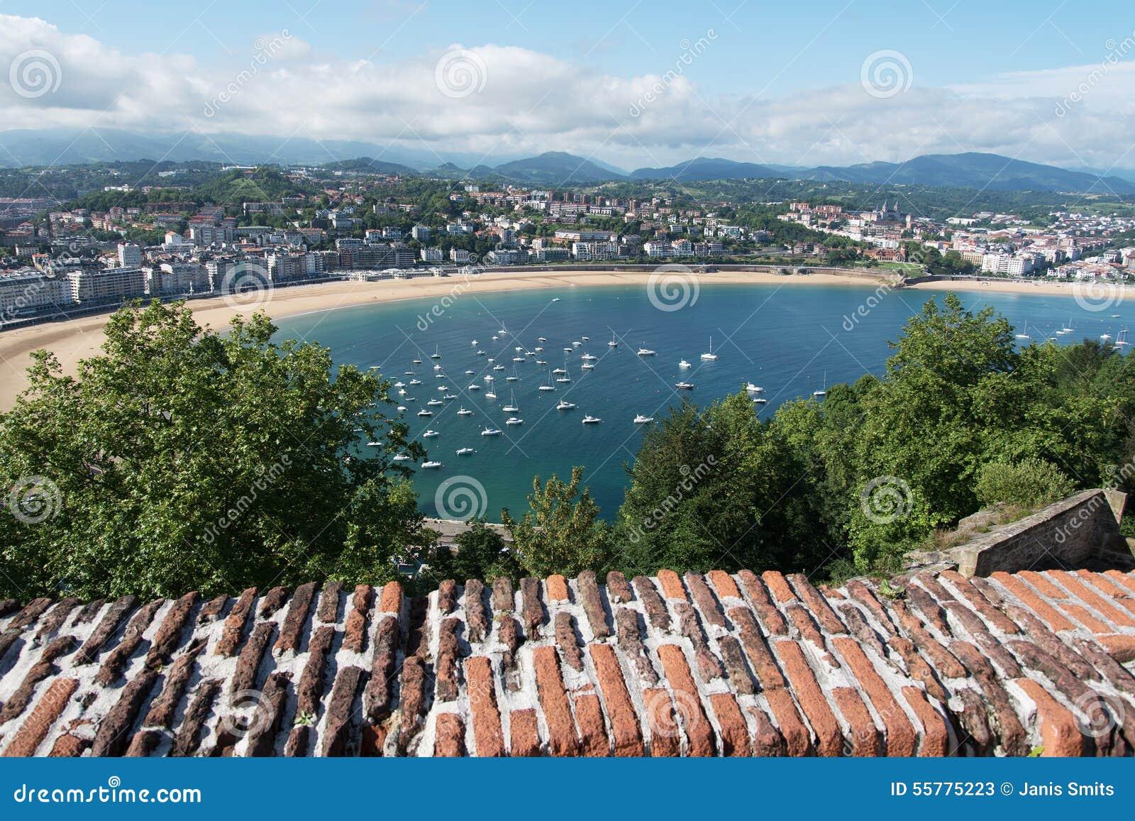 Ville de san sebastian donostia espagne photo stock - Office de tourisme san sebastian espagne ...