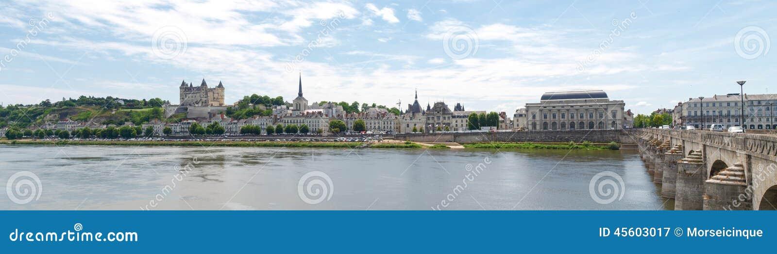 Ville de saumur stock photo image 45603017 for Piscine de saumur