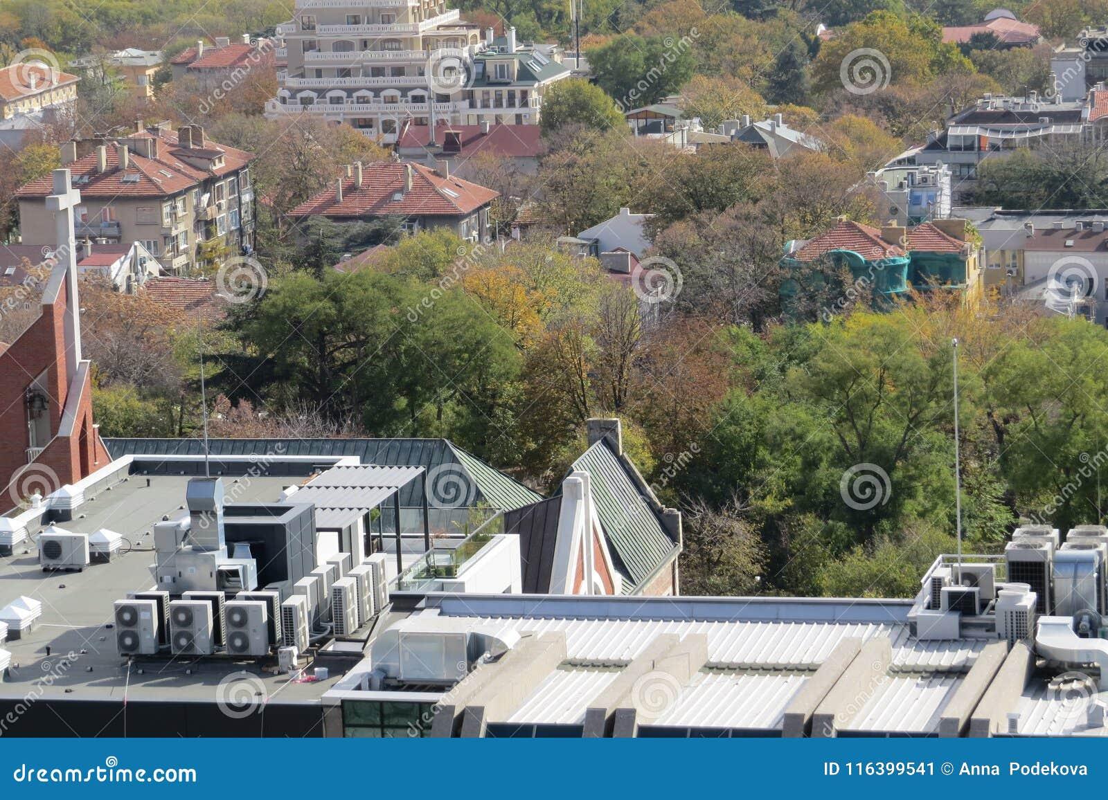 Ville de Varna, Bulgarie, vue d en haut Photo aérienne avec la Mer Noire derrière