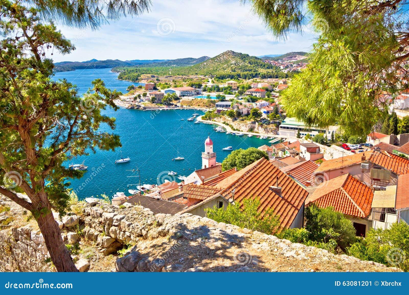 Download Ville De Vue De Côte De Sibenik Image stock - Image du fort, célèbre: 63081201