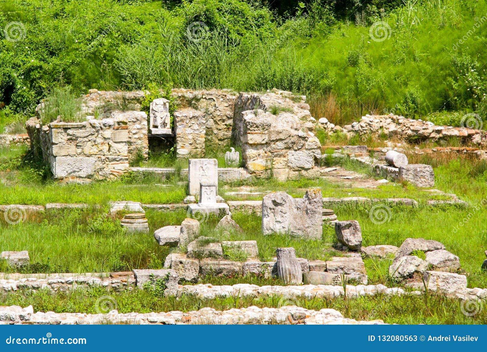 Ville Dion de Grèce antique Ruines de sanctuaire à Zeus Parc archéologique de ville sacrée de Macedon