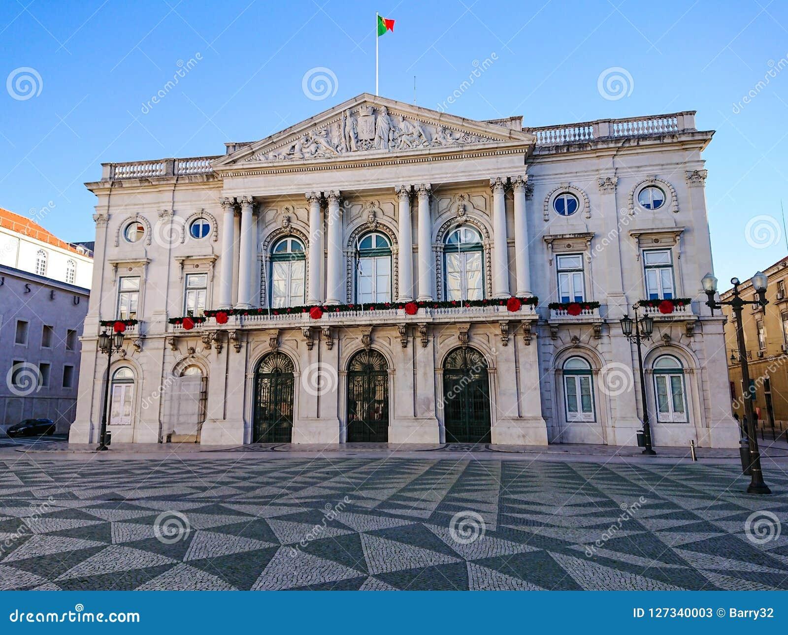 Ville hôtel de Lisbonne/Camara Municipal, Lisbonne, Portugal Casserole vers le bas à la rue