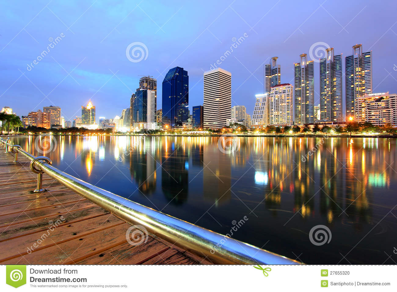ville moderne paysage urbain de bangkok photo stock image 27655320. Black Bedroom Furniture Sets. Home Design Ideas