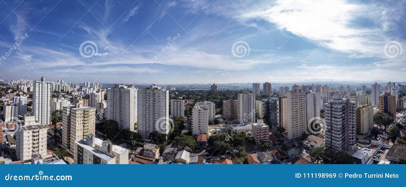 Ville Sao Jose Dos Campos, PS/Brésil, dans la photo de panorama d après-midi