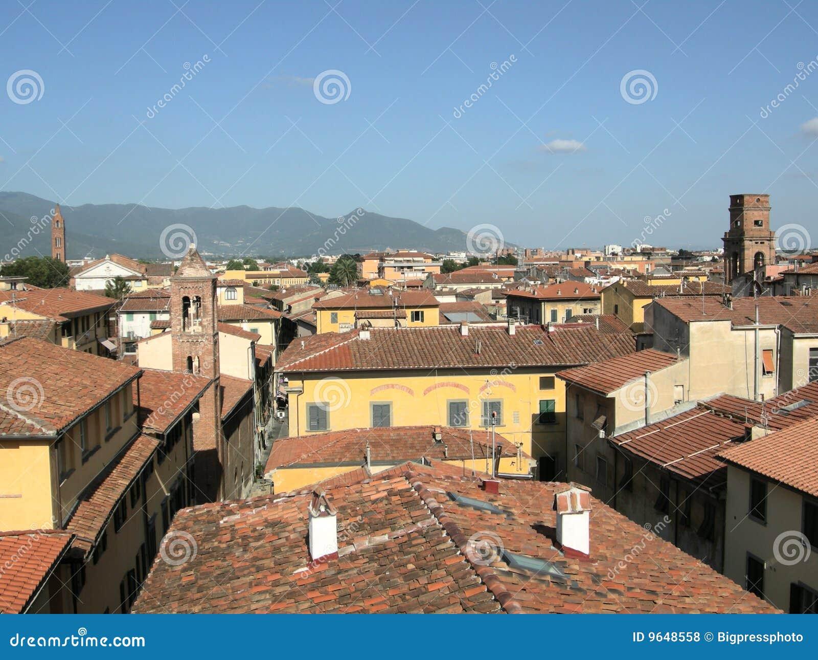 ville toscane de tour de l 39 italie pise photos libres de droits image 9648558. Black Bedroom Furniture Sets. Home Design Ideas