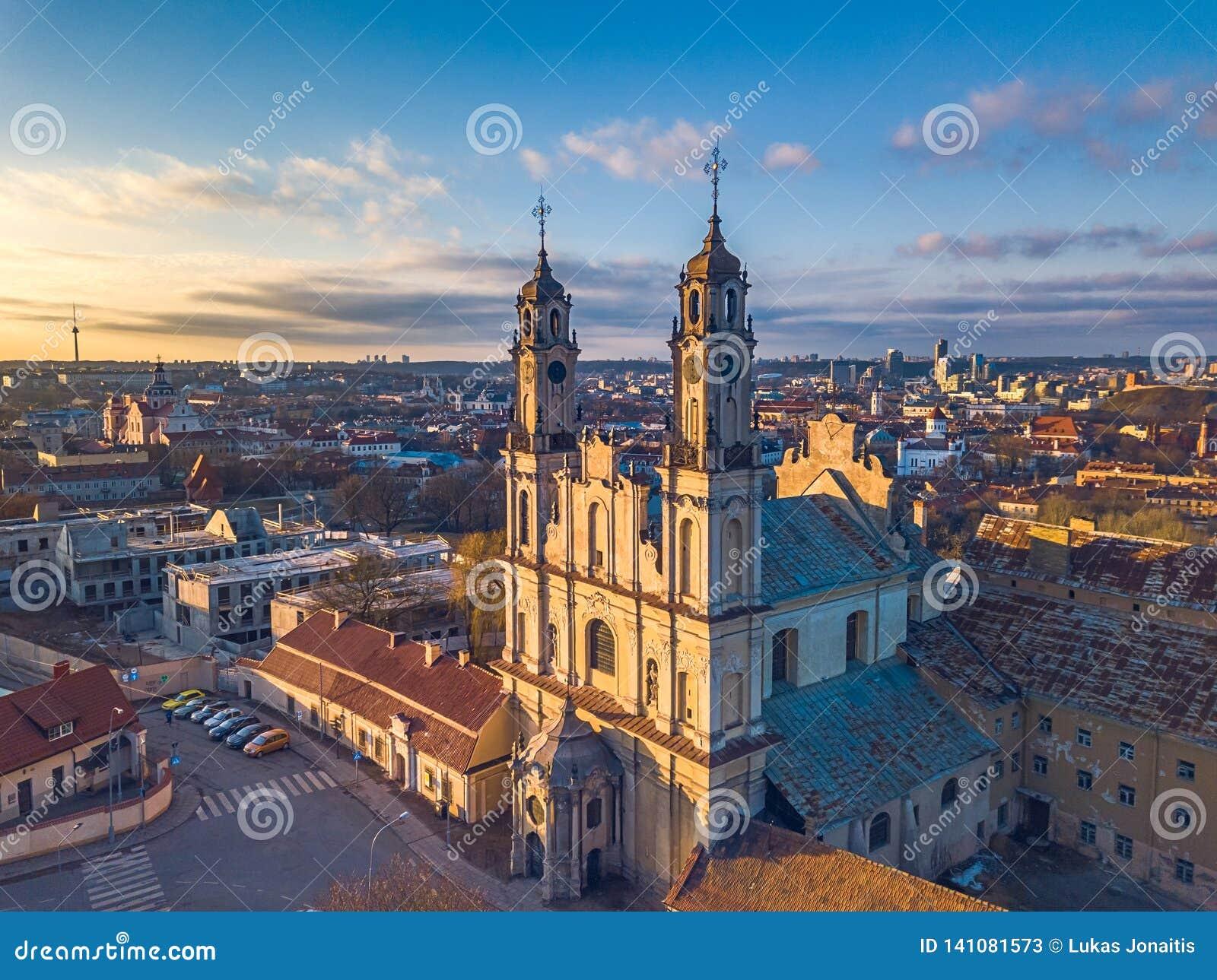 VILNIUS, LITHUANIA - widoku z lotu ptaka Misionieriai kościół