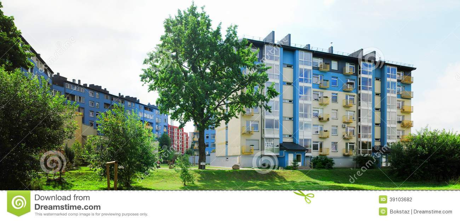 Vilnius vandaag. Nieuwe gebouwen bij pasilaiciai