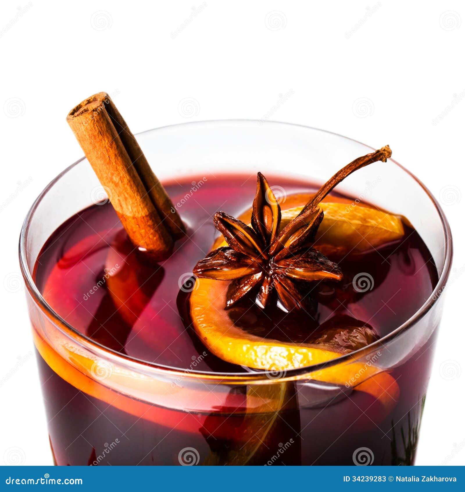 vin chaud rouge chaud pour l 39 hiver et le no l avec la tranche orange photos stock image 34239283. Black Bedroom Furniture Sets. Home Design Ideas