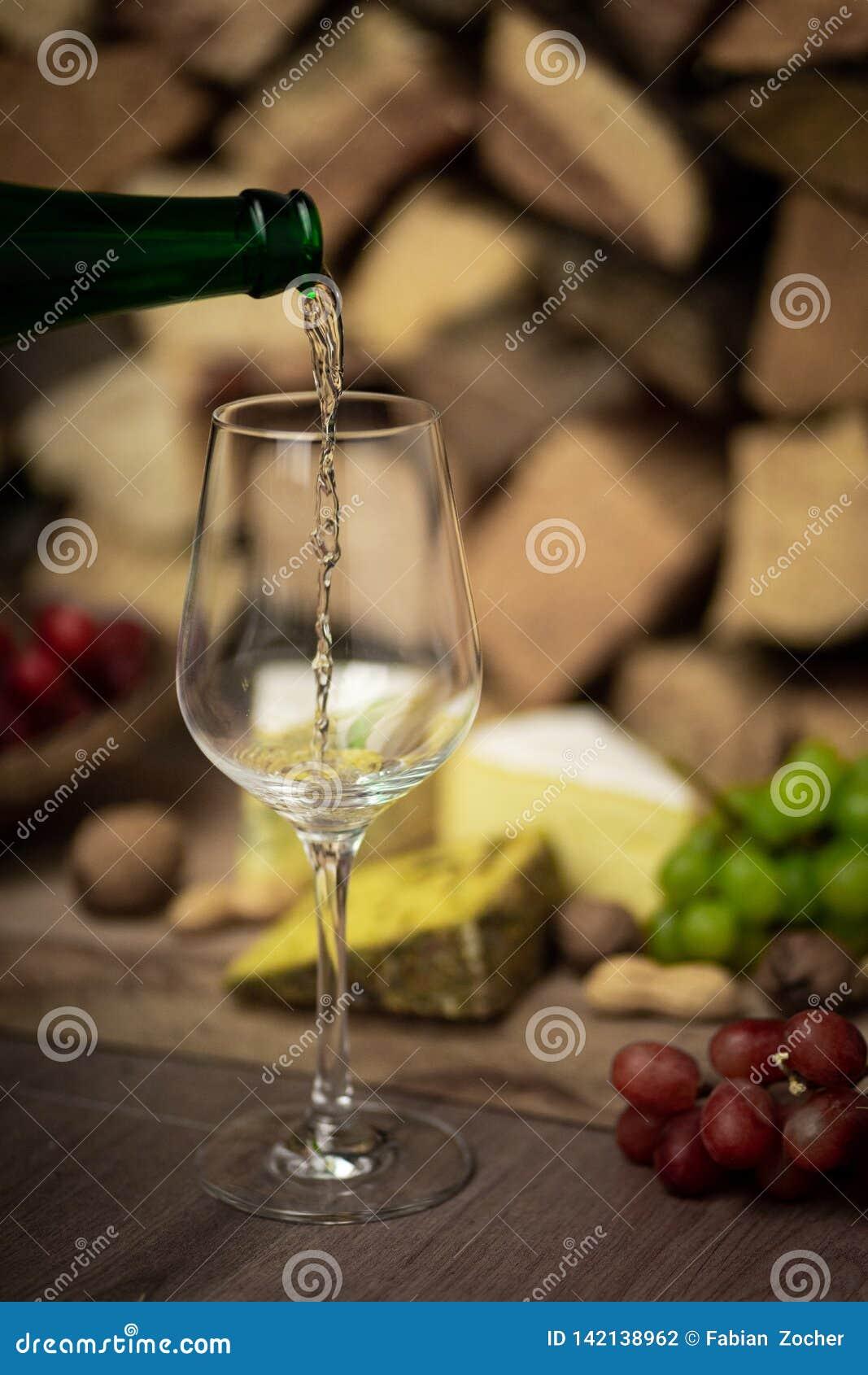 Vin, ost och druvor - en smaklig matställe