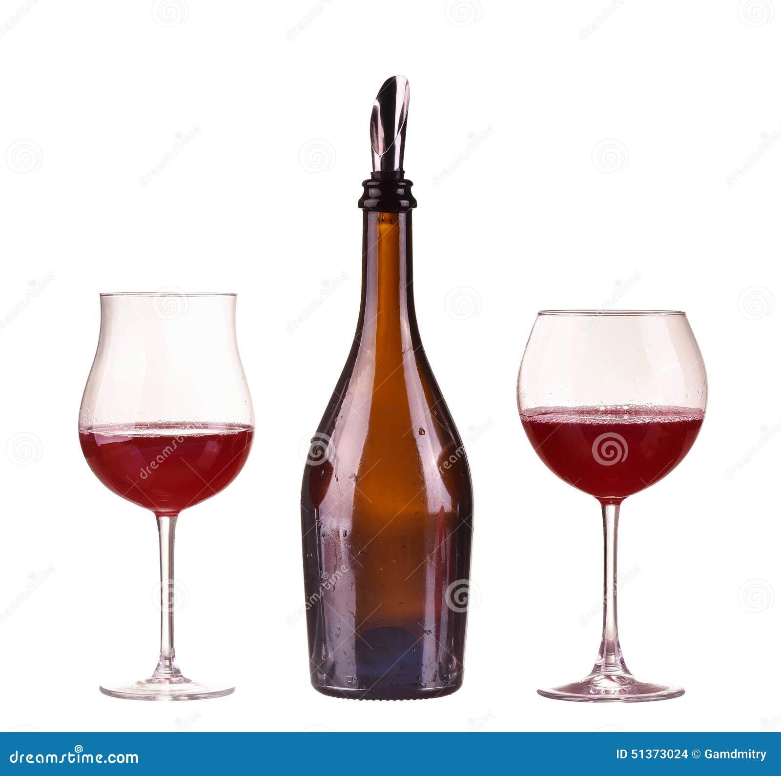 vin rouge dans une bouteille avec le distributeur et deux. Black Bedroom Furniture Sets. Home Design Ideas