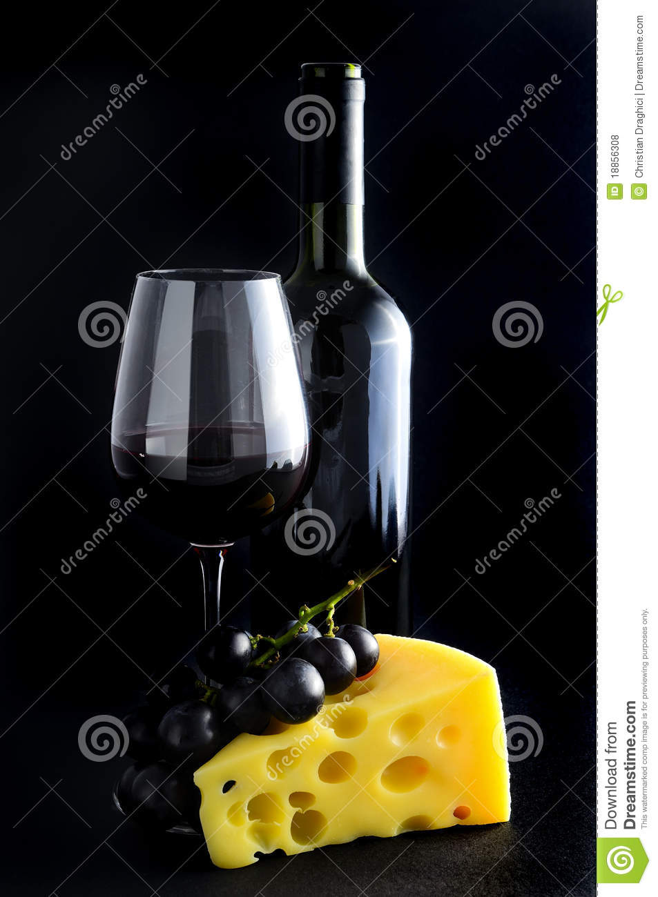 vin rouge fromage et raisins photo stock image du suisse beau 18856308. Black Bedroom Furniture Sets. Home Design Ideas