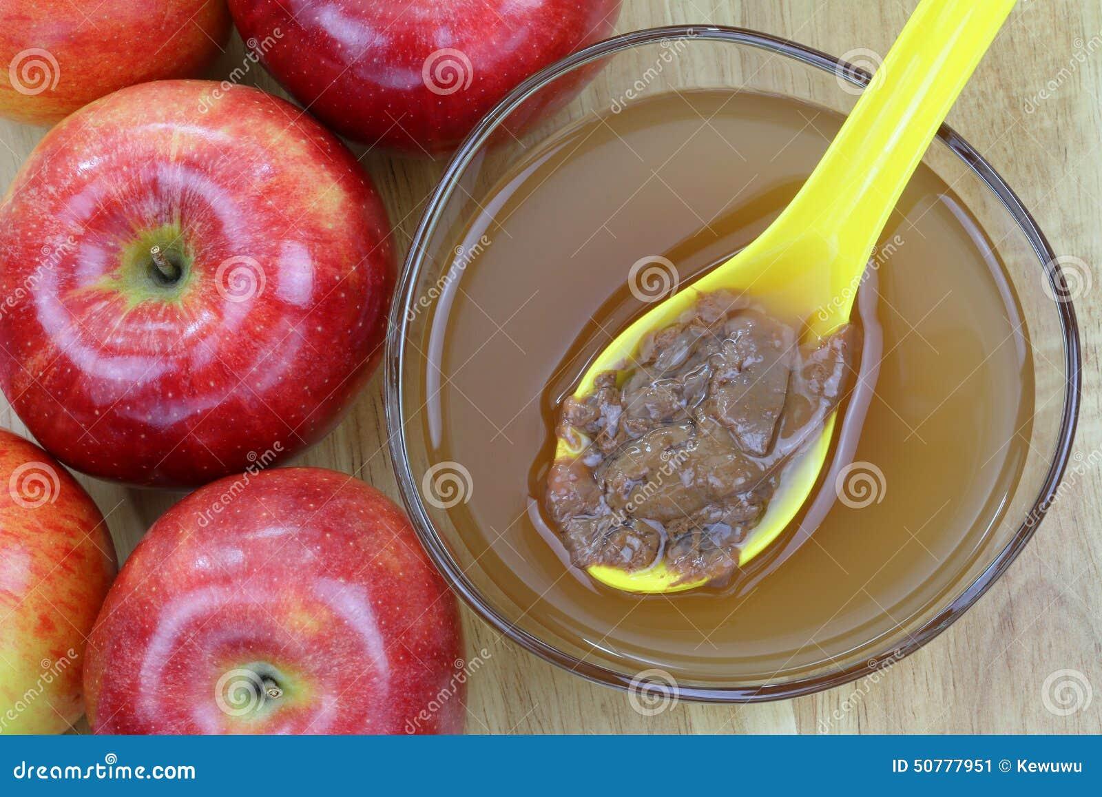 Vinaigre de cidre d 39 apple avec des enzymes de m re photo stock image 50777951 - Faire une mere de vinaigre ...