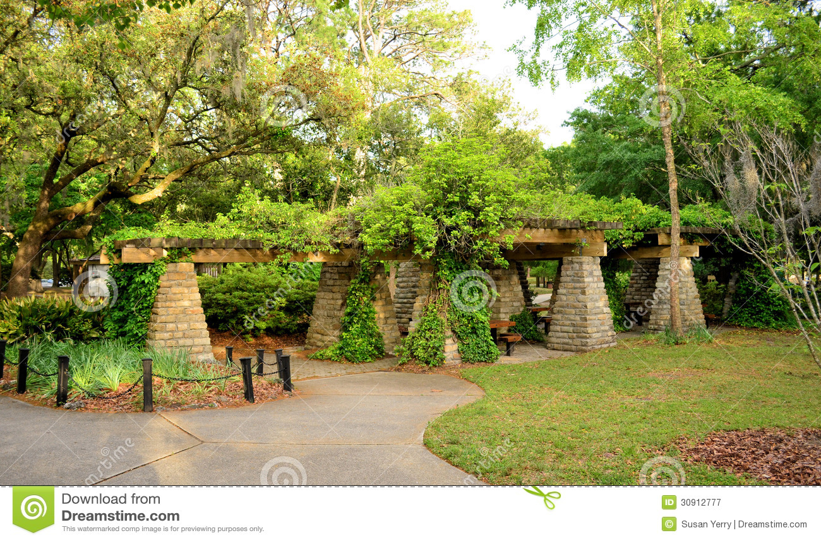 Vine Covered Gazebo Picnic Area Stock Image Image Of