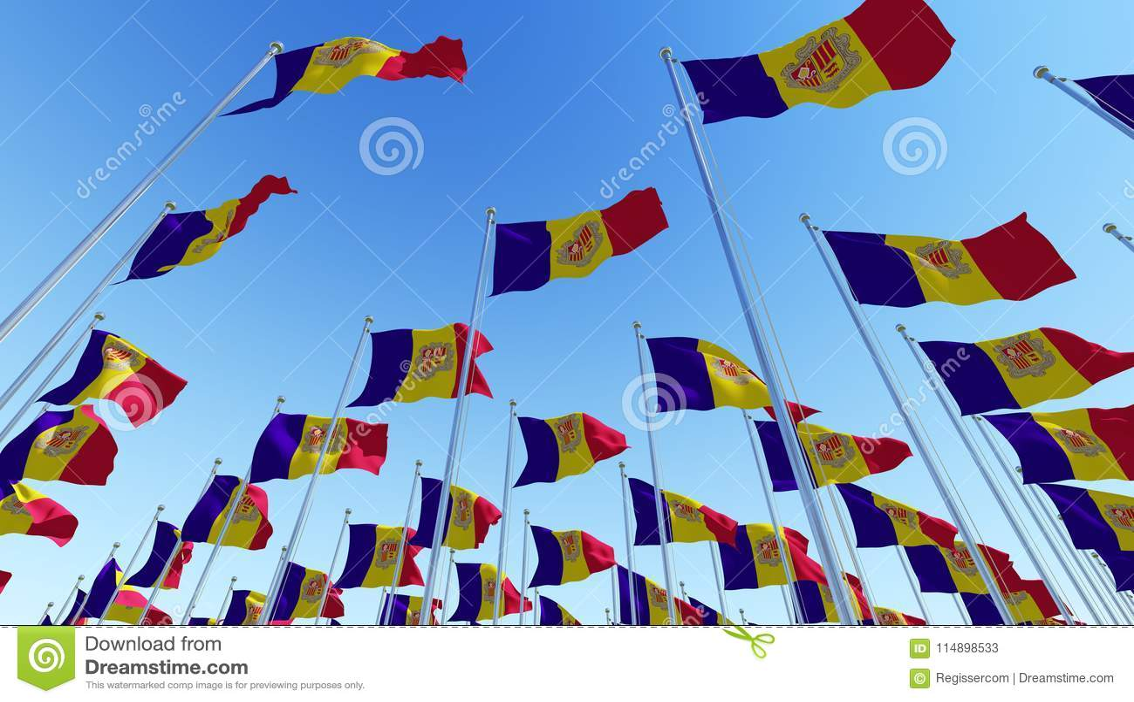 Vinkande flaggor av Andorra mot blå himmel