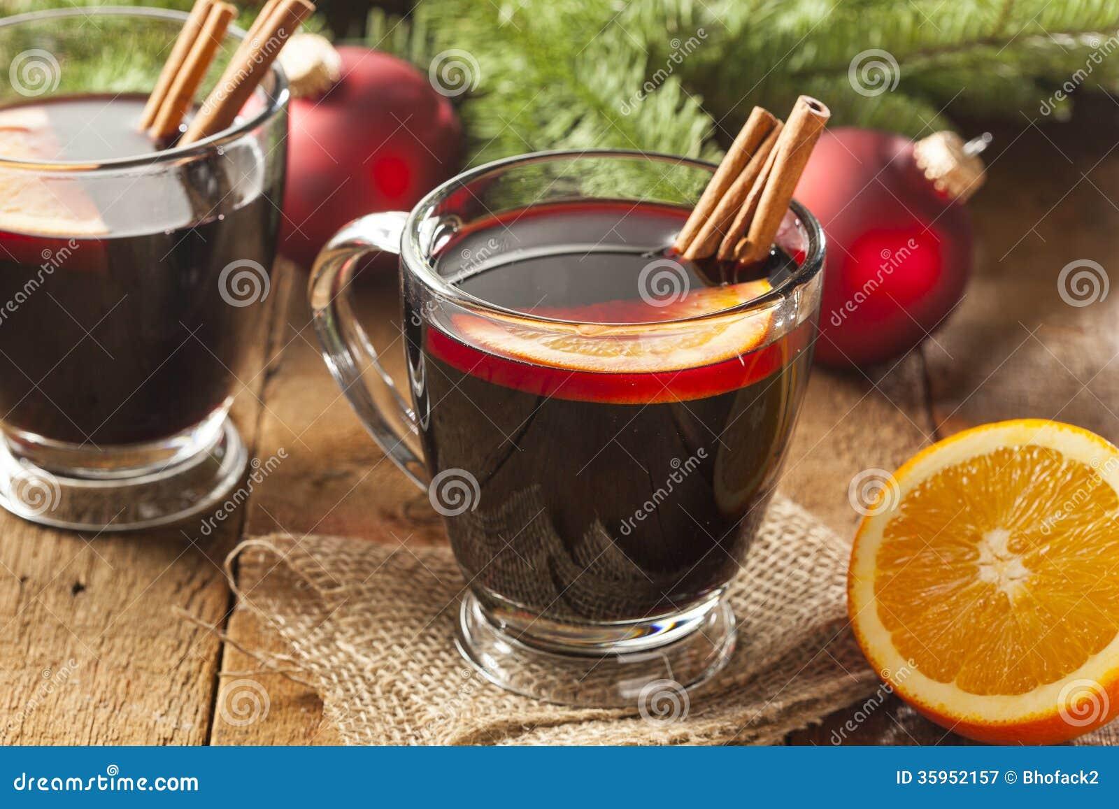Vino condimentado candente festivo para la Navidad