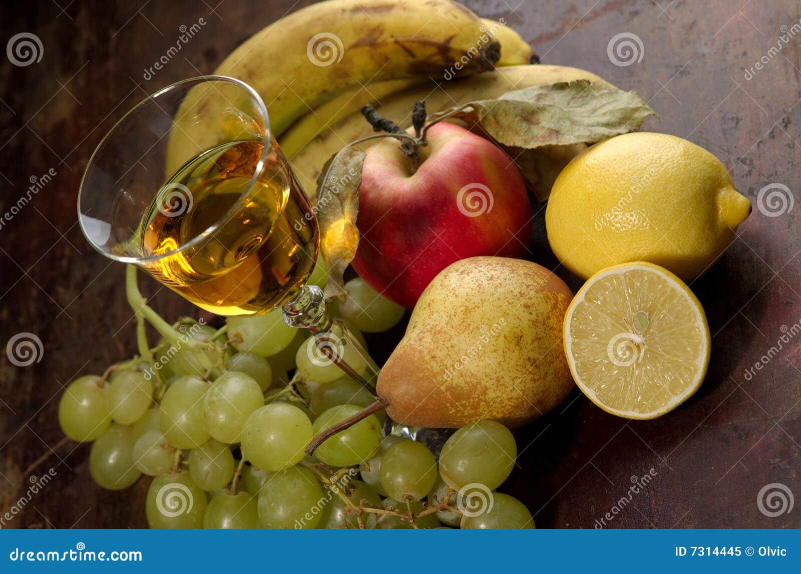 Vino e frutta