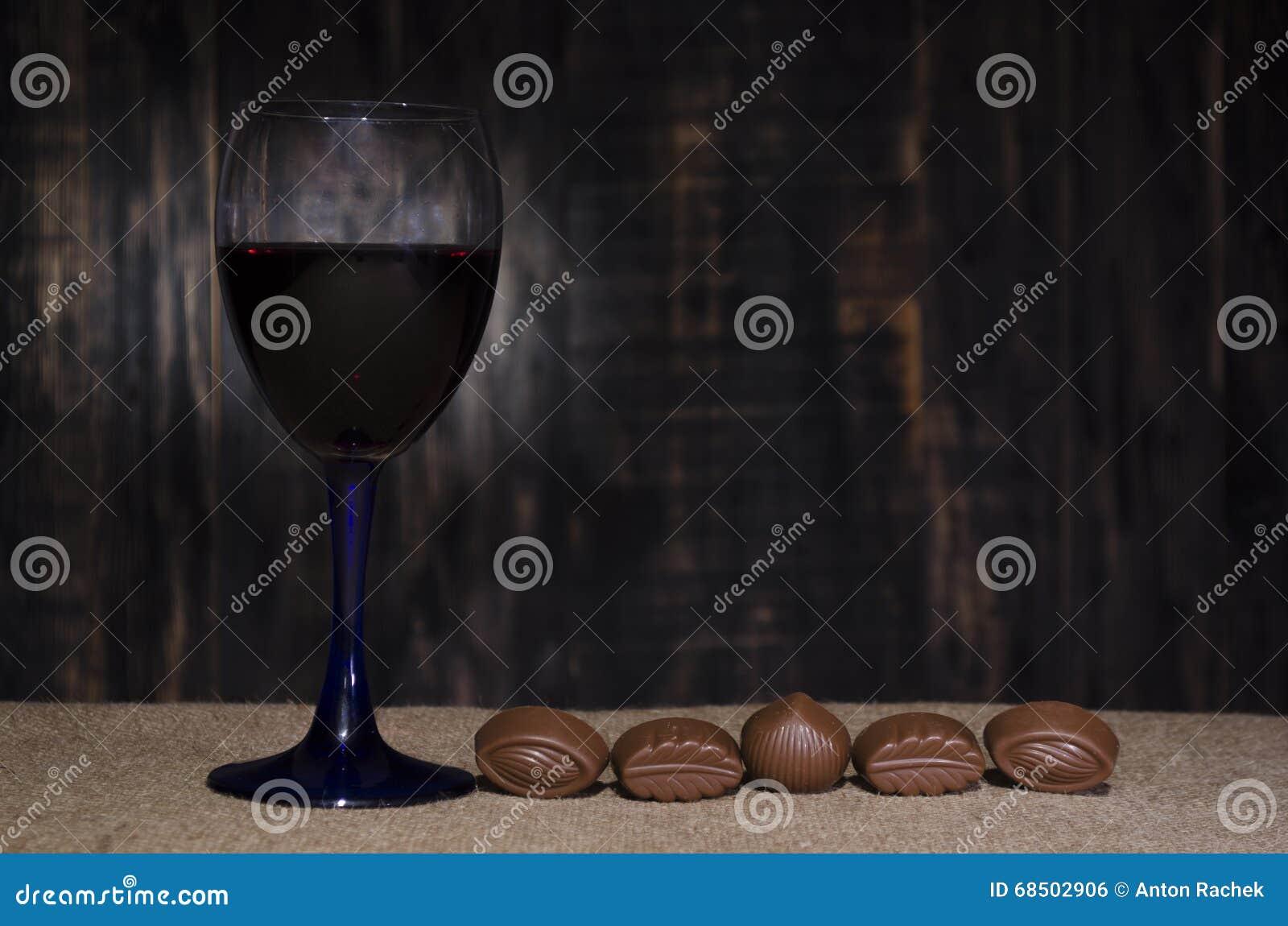 Vino rosso in un vetro