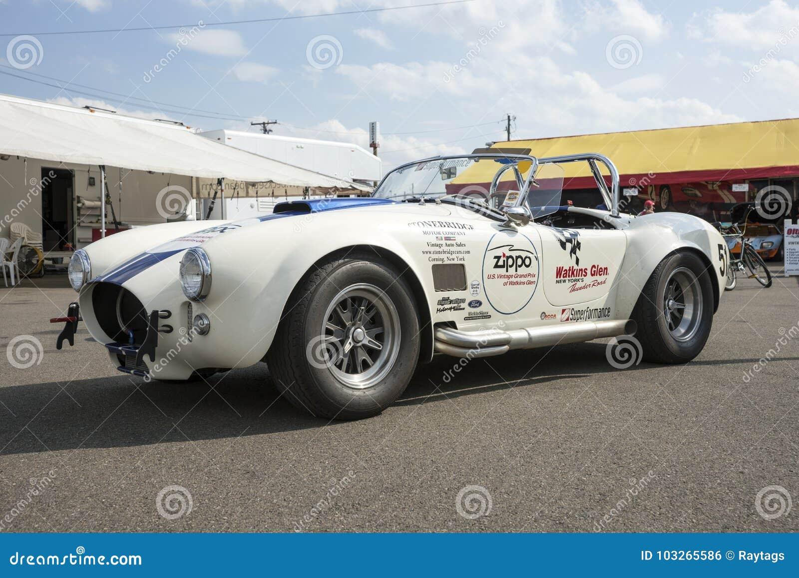 Vintage Ac Cobra In Display Editorial Photo - Image of sport, retro ...