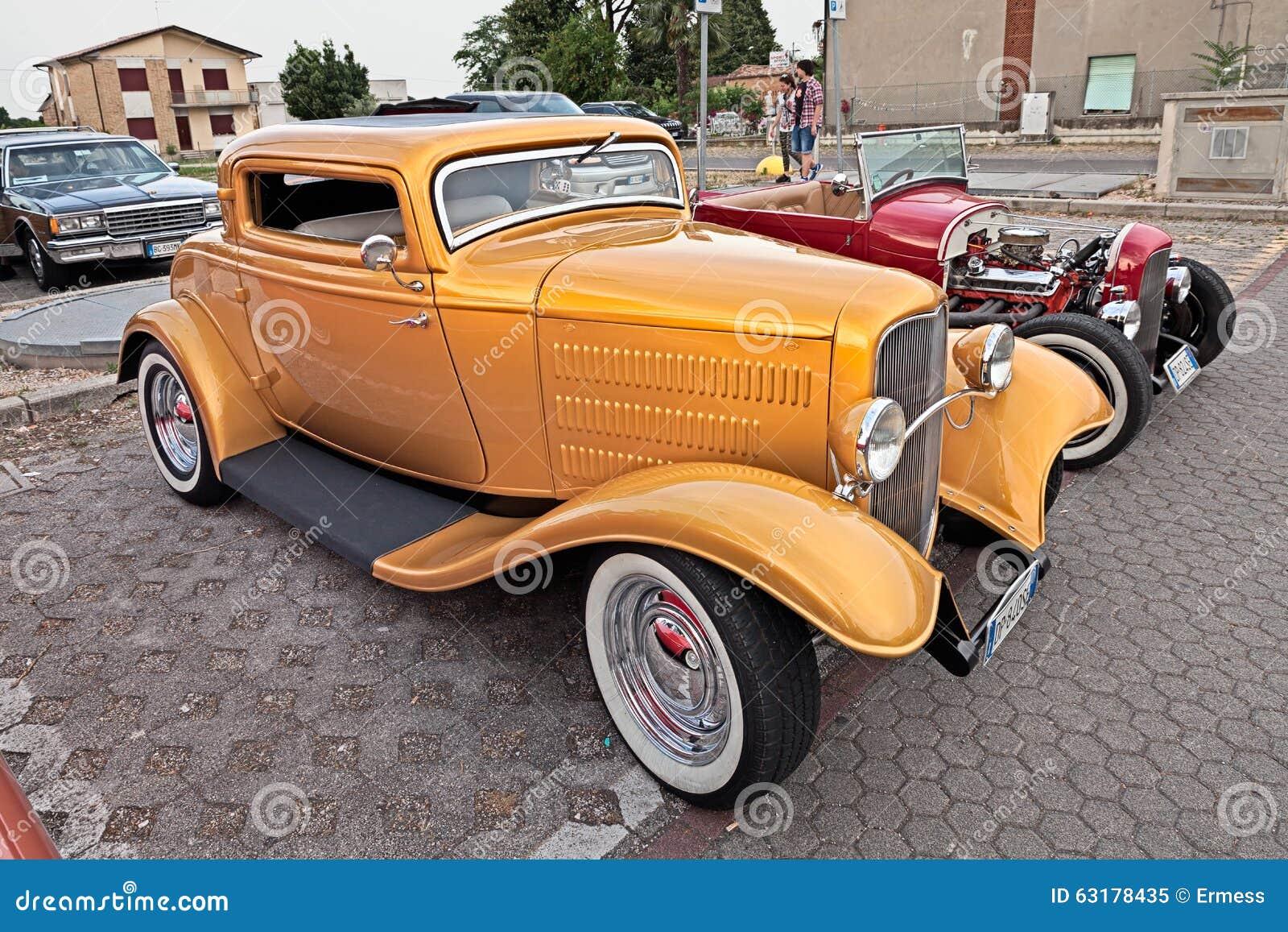 Vintage American Hot Rod Ford Editorial Image - Image of kustom ...