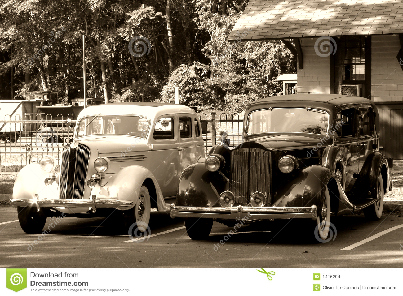 Vintage Automobiles At An Antique Train Station Stock Photo - Image ...