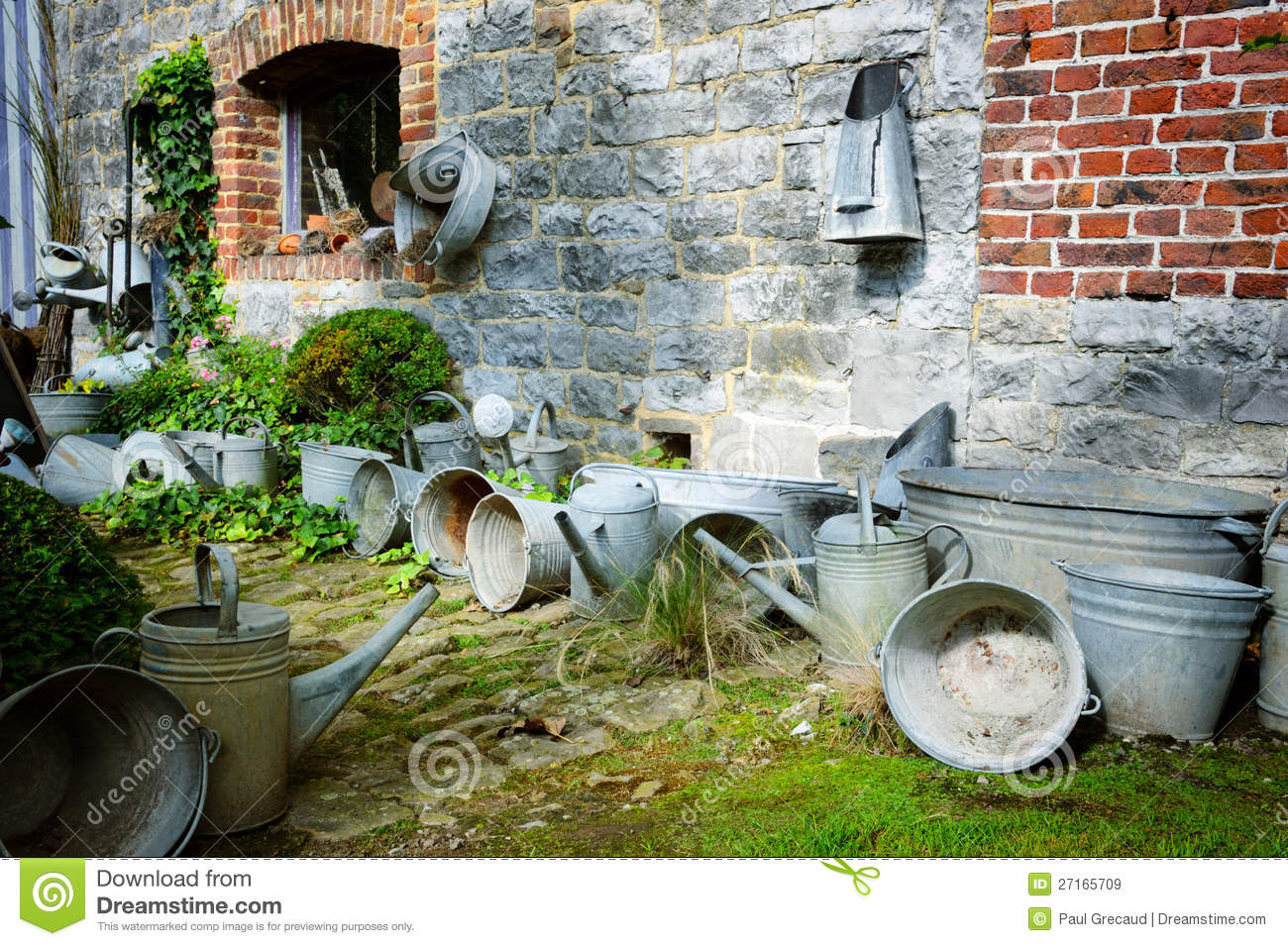 Vintage Backyard Garden : Vintage Backyard With Gardening Tools Royalty Free Stock Images