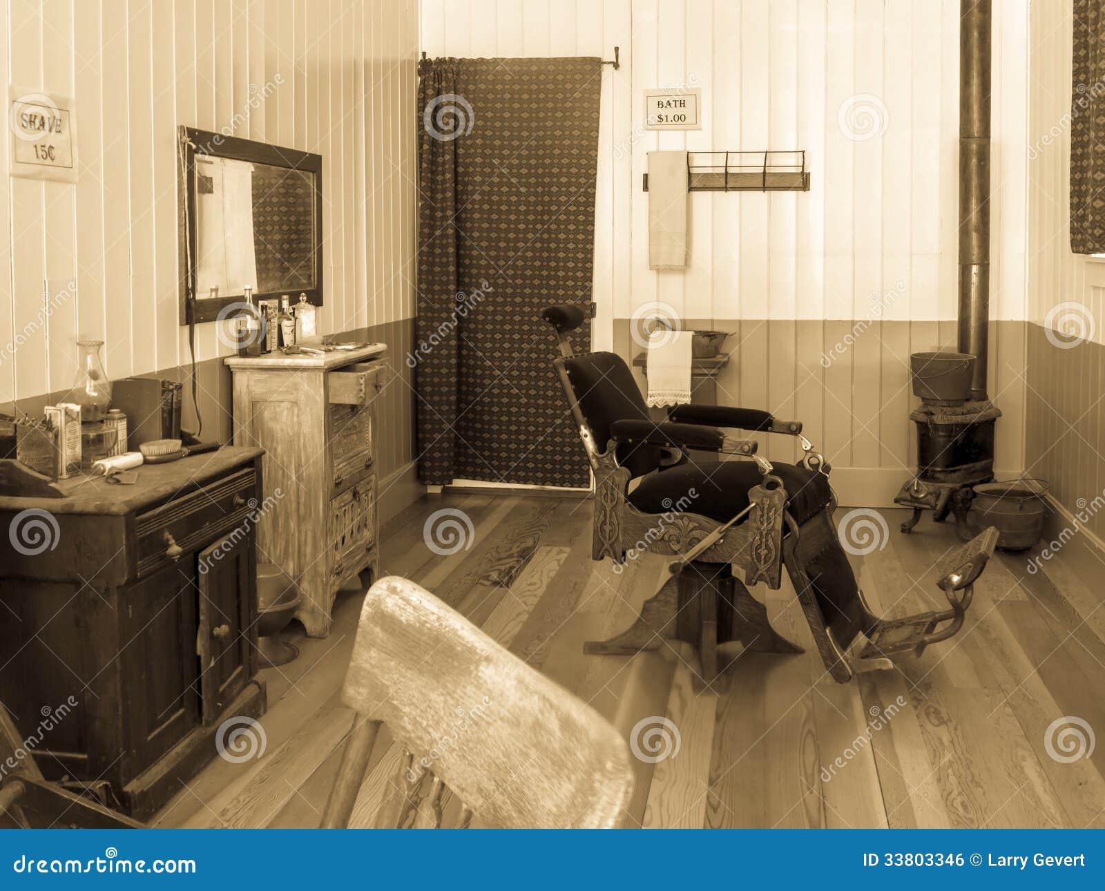 Vintage barber shop chairs - Barber Old Shop Town Vintage