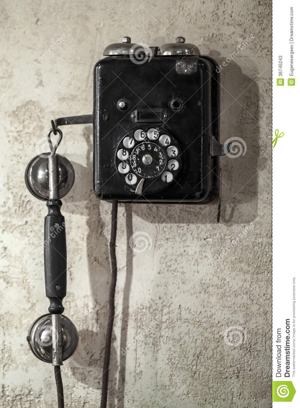 Vintage Black Phone On Old Gray Wall Stock Photos Image
