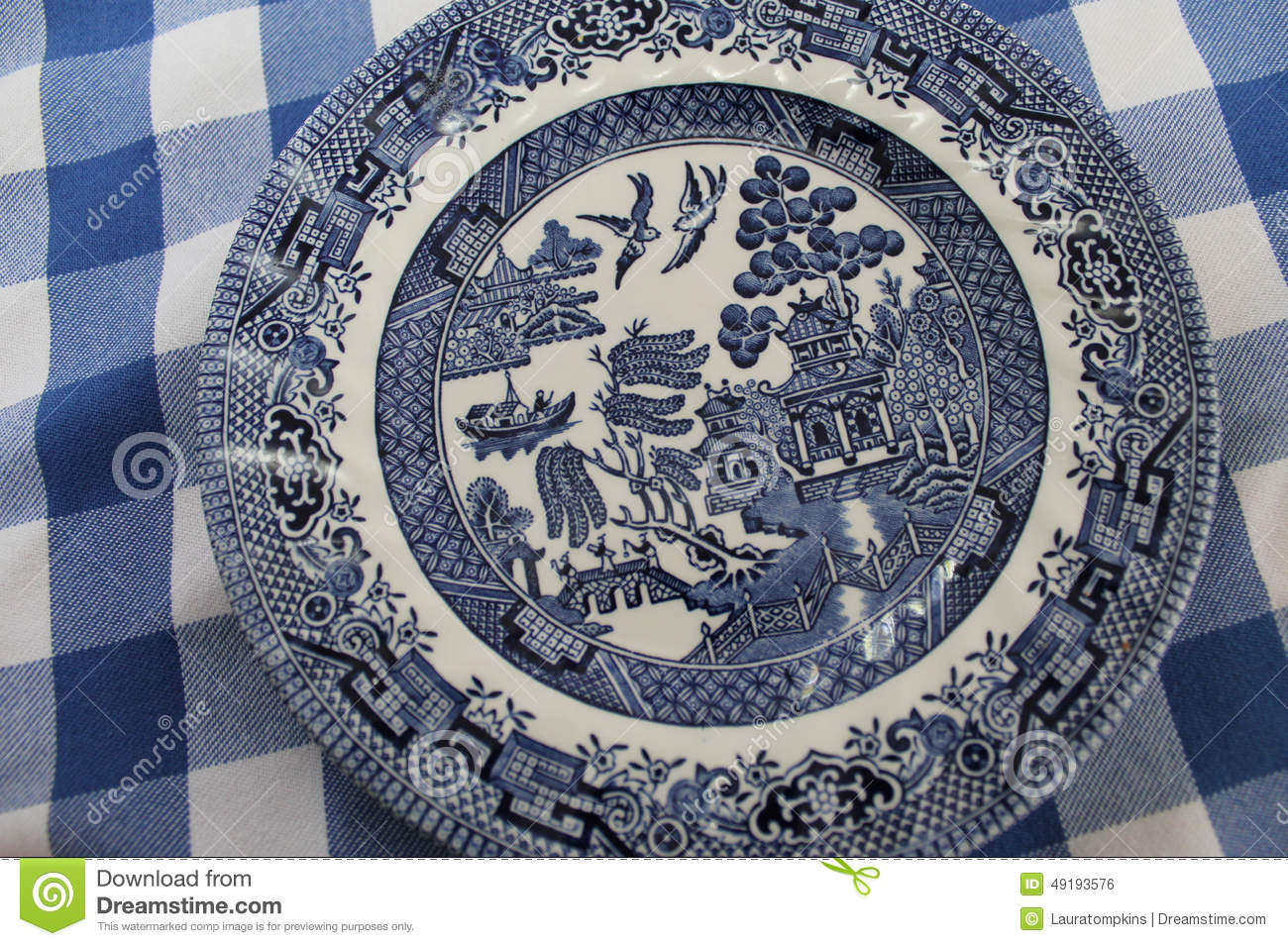 Vintage Blue Willow China Pattern Plate Stock Photo