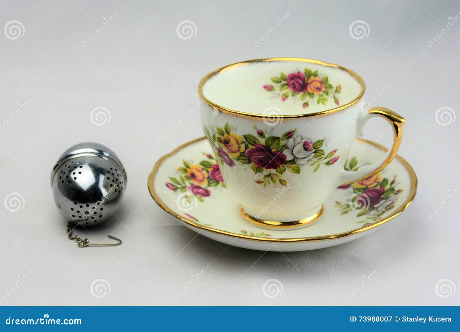 Vintage Bone China Tea Cup and Saucer 4