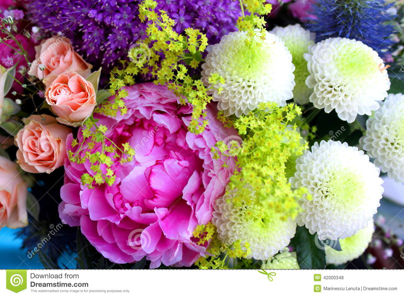 Vintage bouquet of flowers stock photo image of pretty 42000348 vintage bouquet of flowers izmirmasajfo
