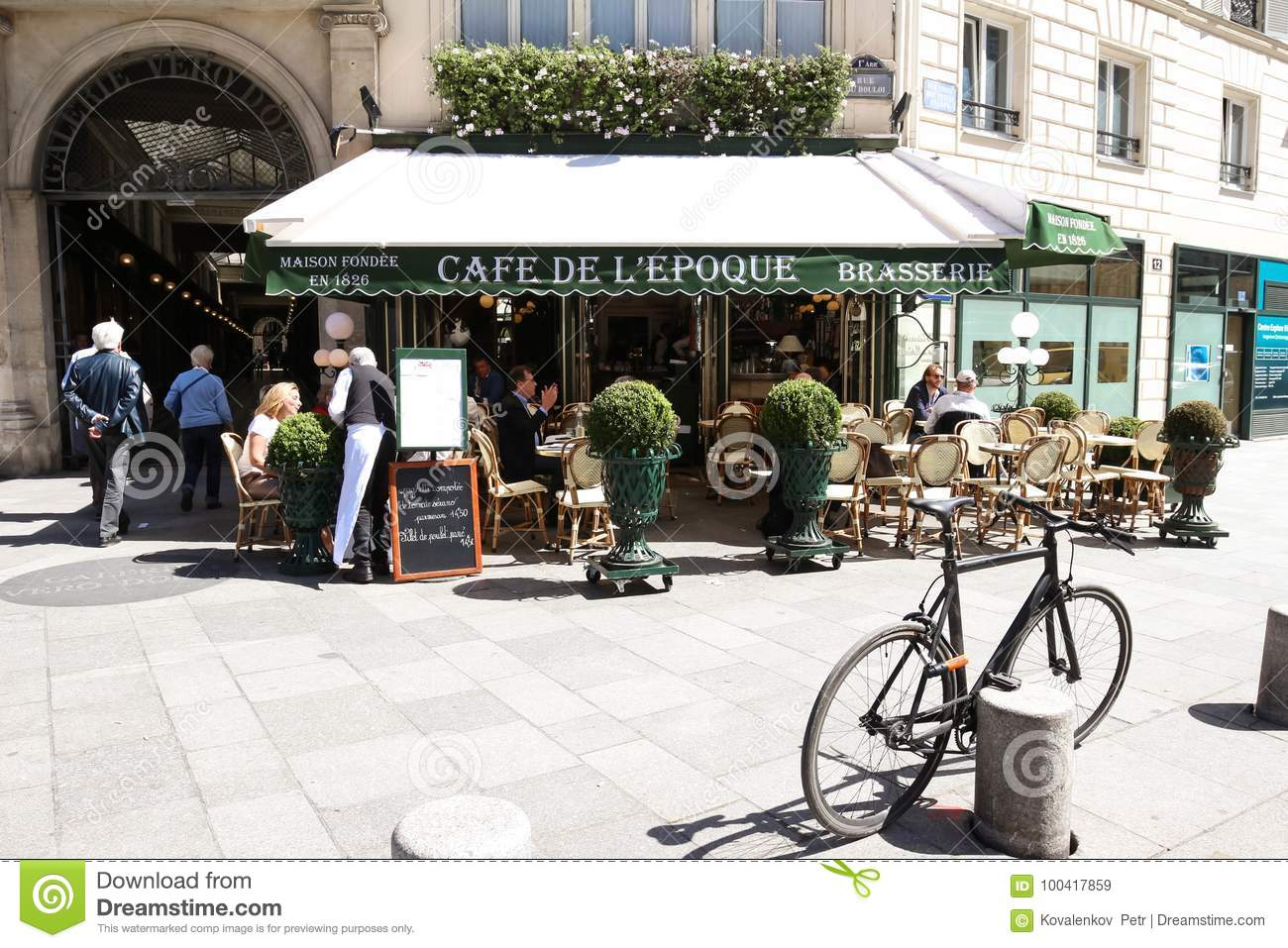 The Vintage Cafe De Belle Epoque Paris France Editorial Stock Image Image Of Culture Paris 100417859