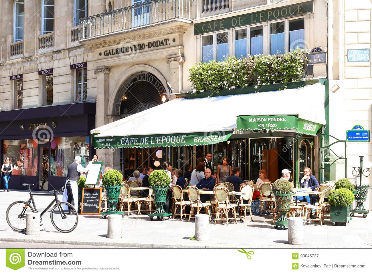 The Vintage Cafe De Belle Epoque Paris France Editorial Photography Image Of Building Break 93046737