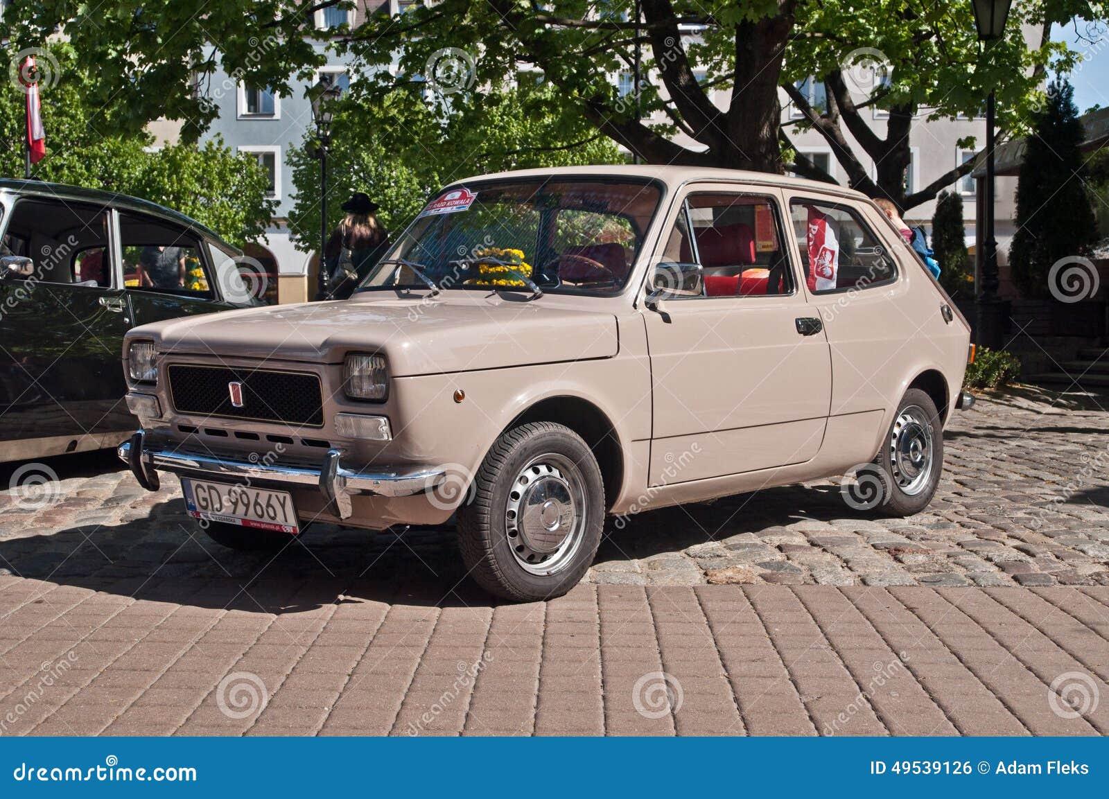 Fiat fiat 127 : Vintage Car Fiat 127 Parked Editorial Photo - Image of oldtimer ...