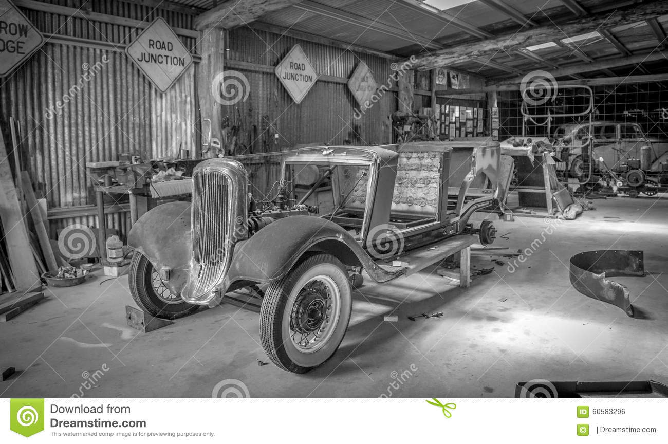 Vintage Car Shop editorial photo. Image of carshop, 2015 - 60583296