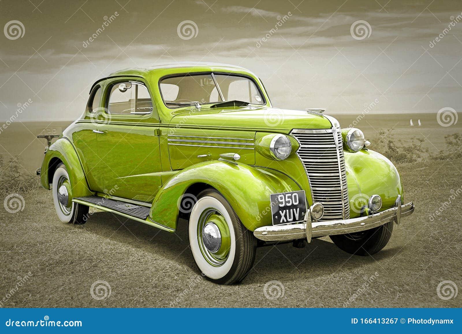 Vintage Chevrolet Chevrolet Räder Cabrio Autos Zeigen Sepia Schwarz Weißen Außenmotor Redaktionelles Stockfotografie Bild Von Sommer Bildschirmanzeige 166413267
