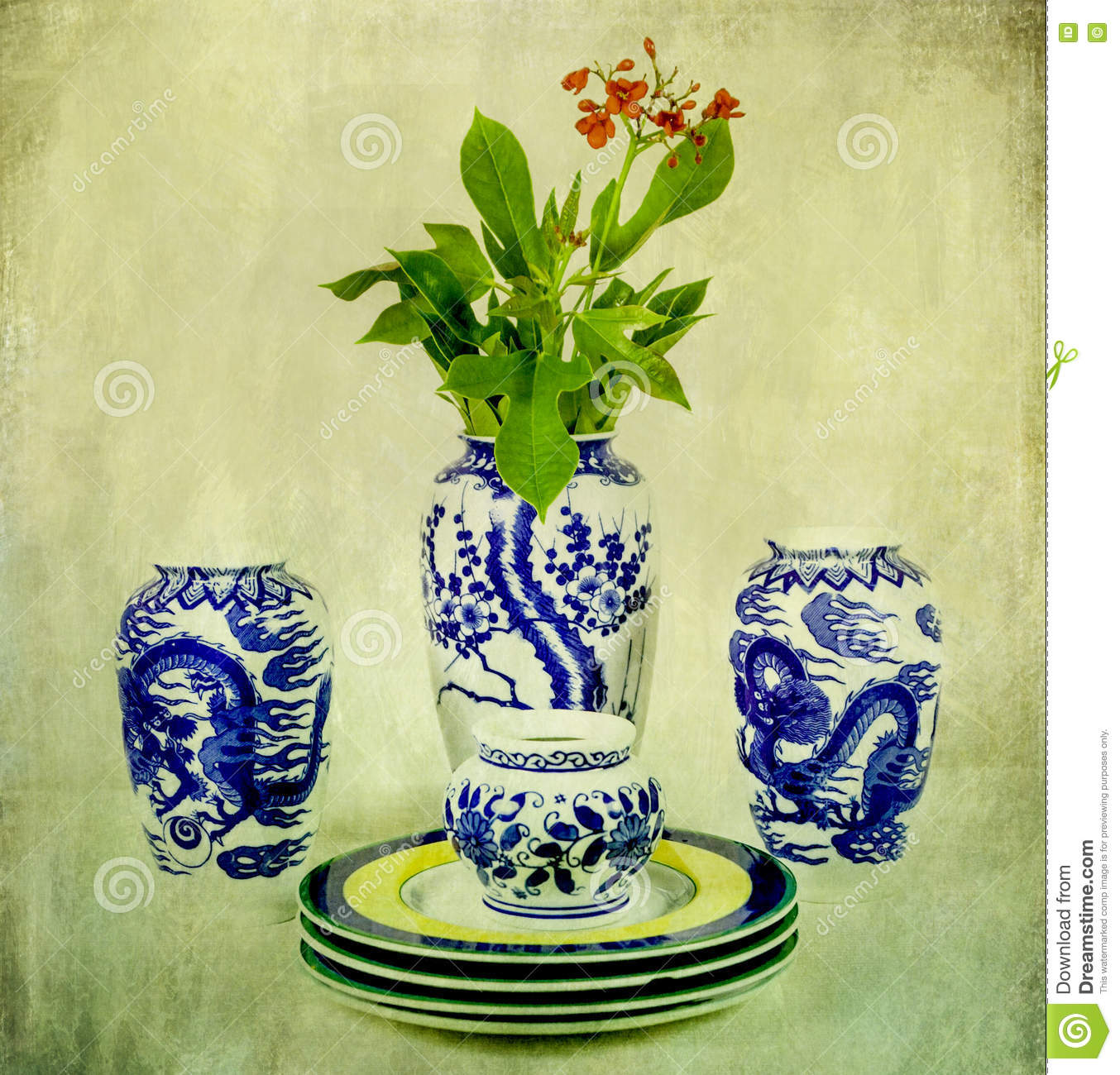 Vintage chinese porcelain with flower stock photo image 75693384 vintage chinese porcelain with flower reviewsmspy
