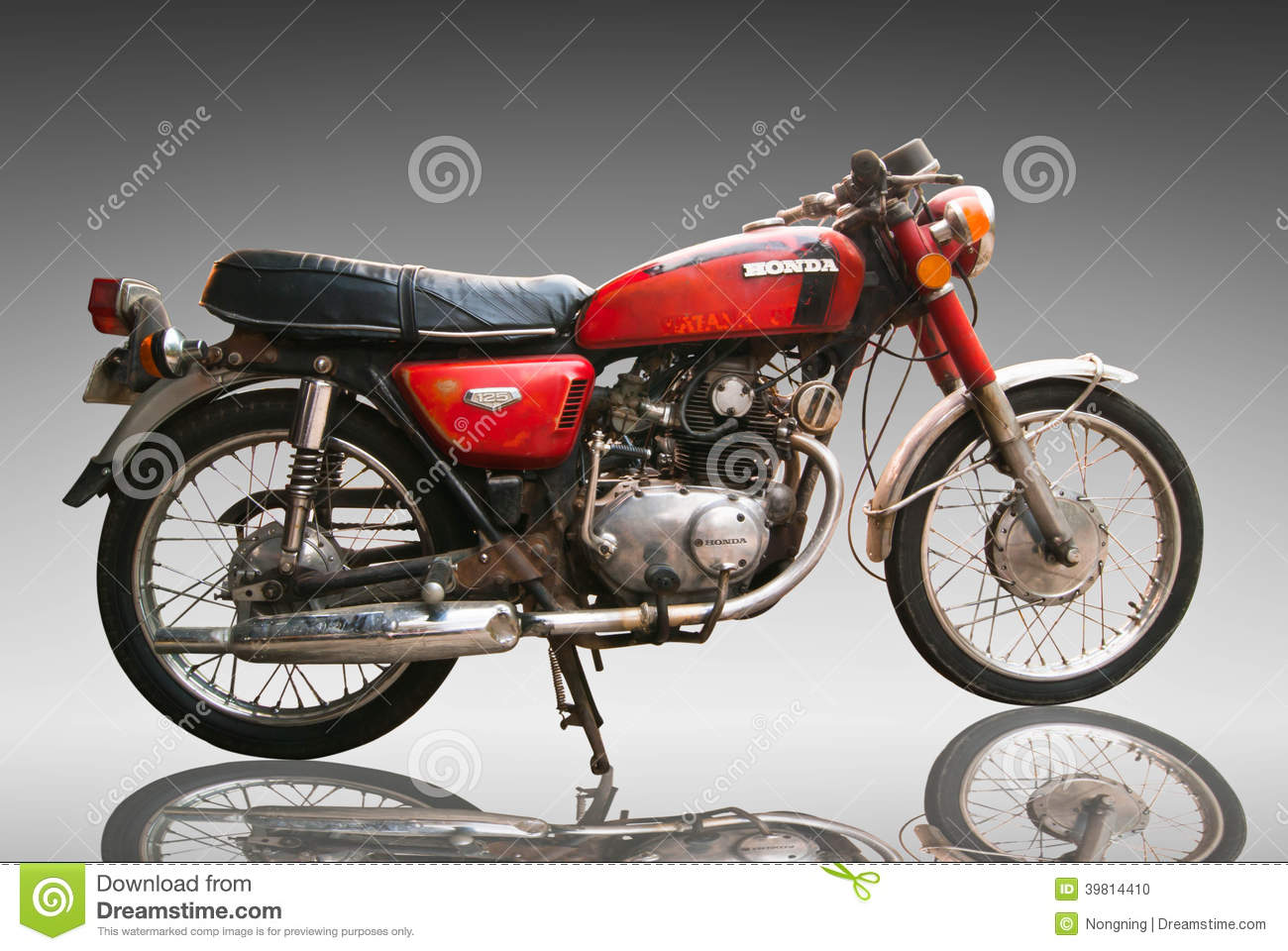 vintage classic motorcycle honda 125 cc editorial use only use editorial image image 39814410. Black Bedroom Furniture Sets. Home Design Ideas