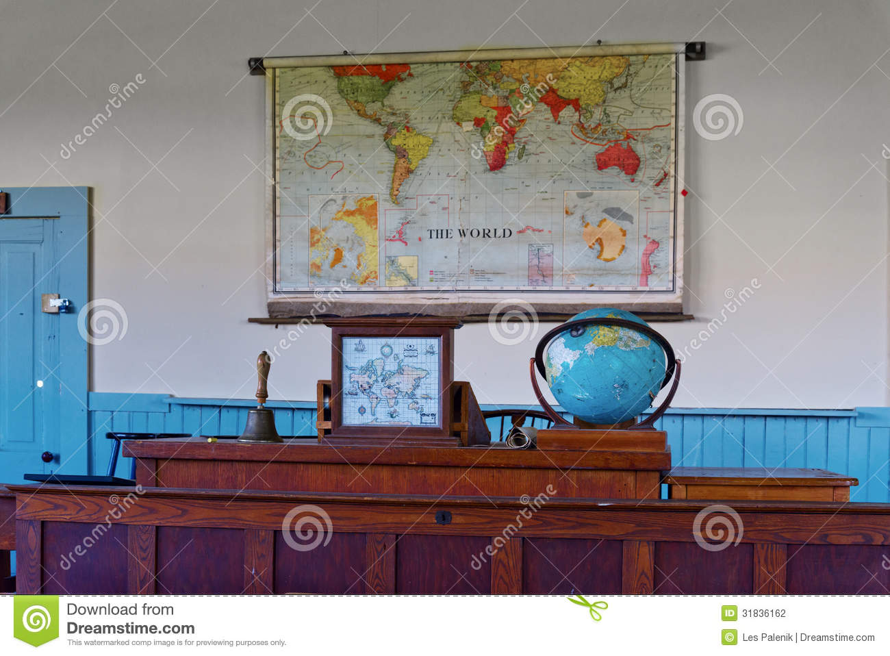 Reclaiming the Classroom With Old-Fashioned Teaching