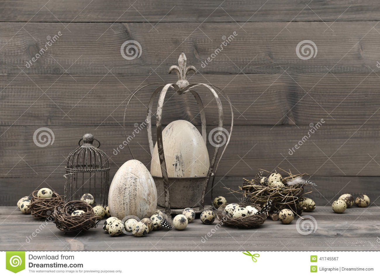 Vintage easter decoration shabby chic still life stock for Idee deco retro chic