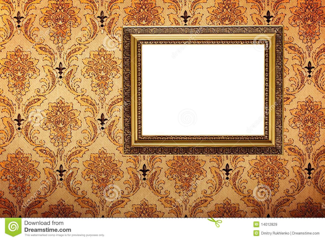 6aafcebd329 Vintage Gold Plated Picture Frame On Wall Stock Image - Image of ...
